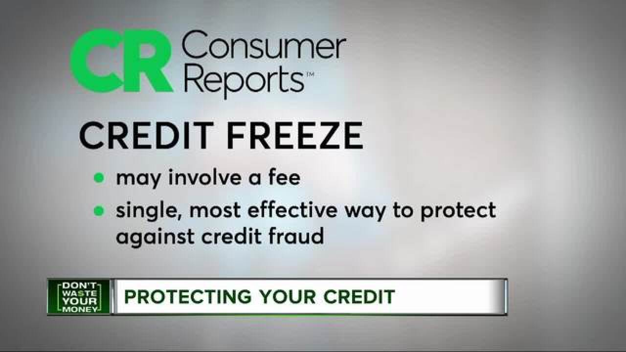 Fraud alert vs. credit freeze