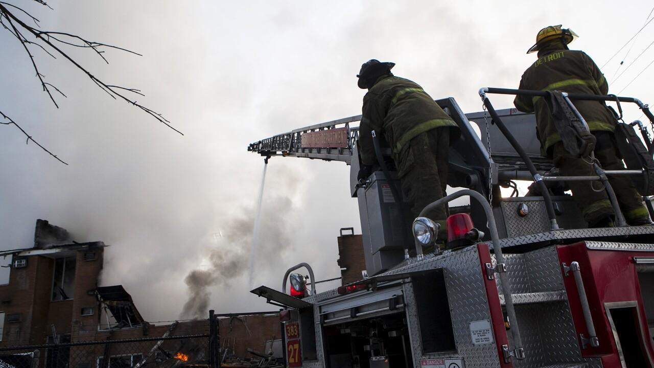 Detroit fire fighters