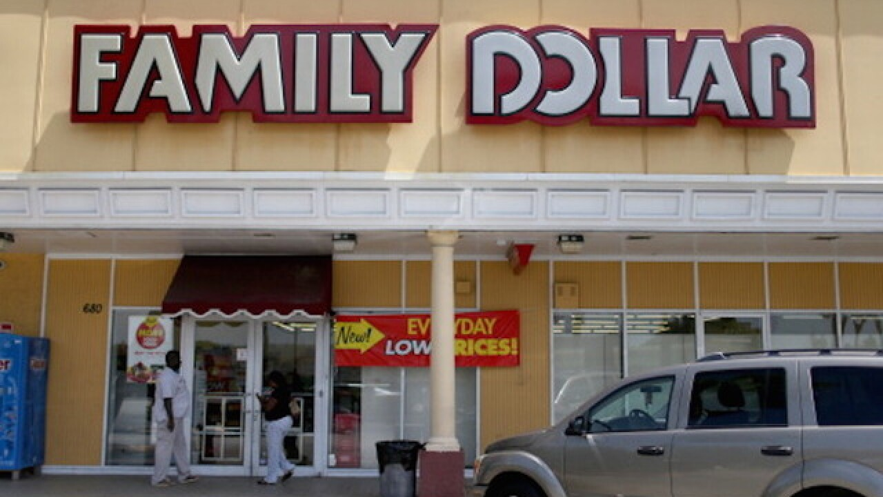 Muslim woman told to leave Family Dollar after refusing to remove niqab, hijab
