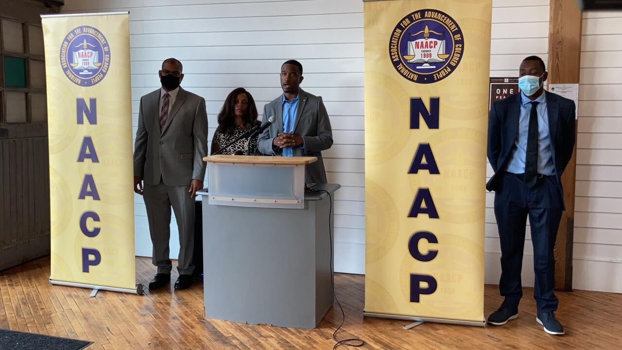 NAACP pic 1.jpg