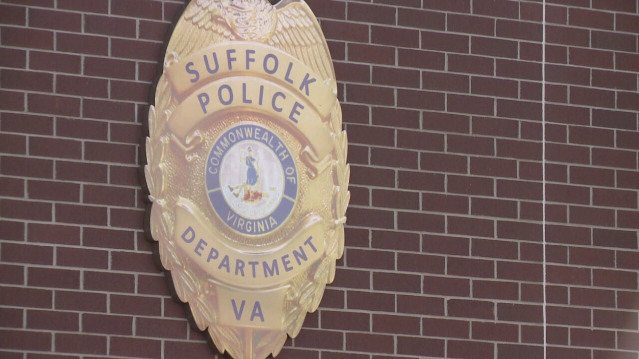 Report of man impersonating Suffolk Police officer leads toinvestigation