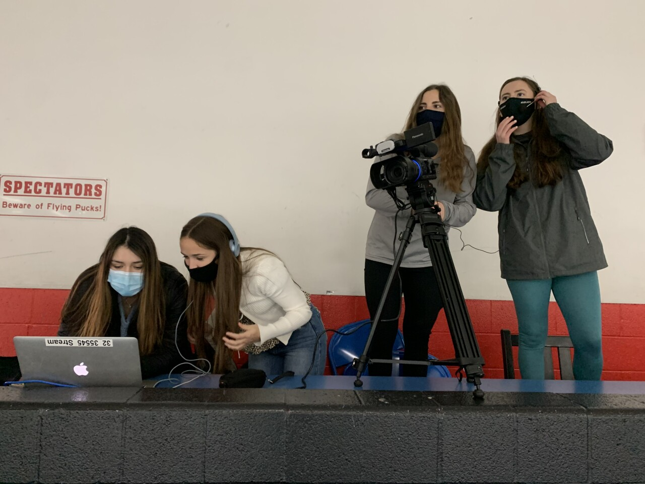 Female students spearhead FHNE hockey live streams