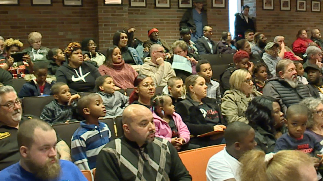 Lorain water customers fed-up, city votes to freeze rates to conduct system study