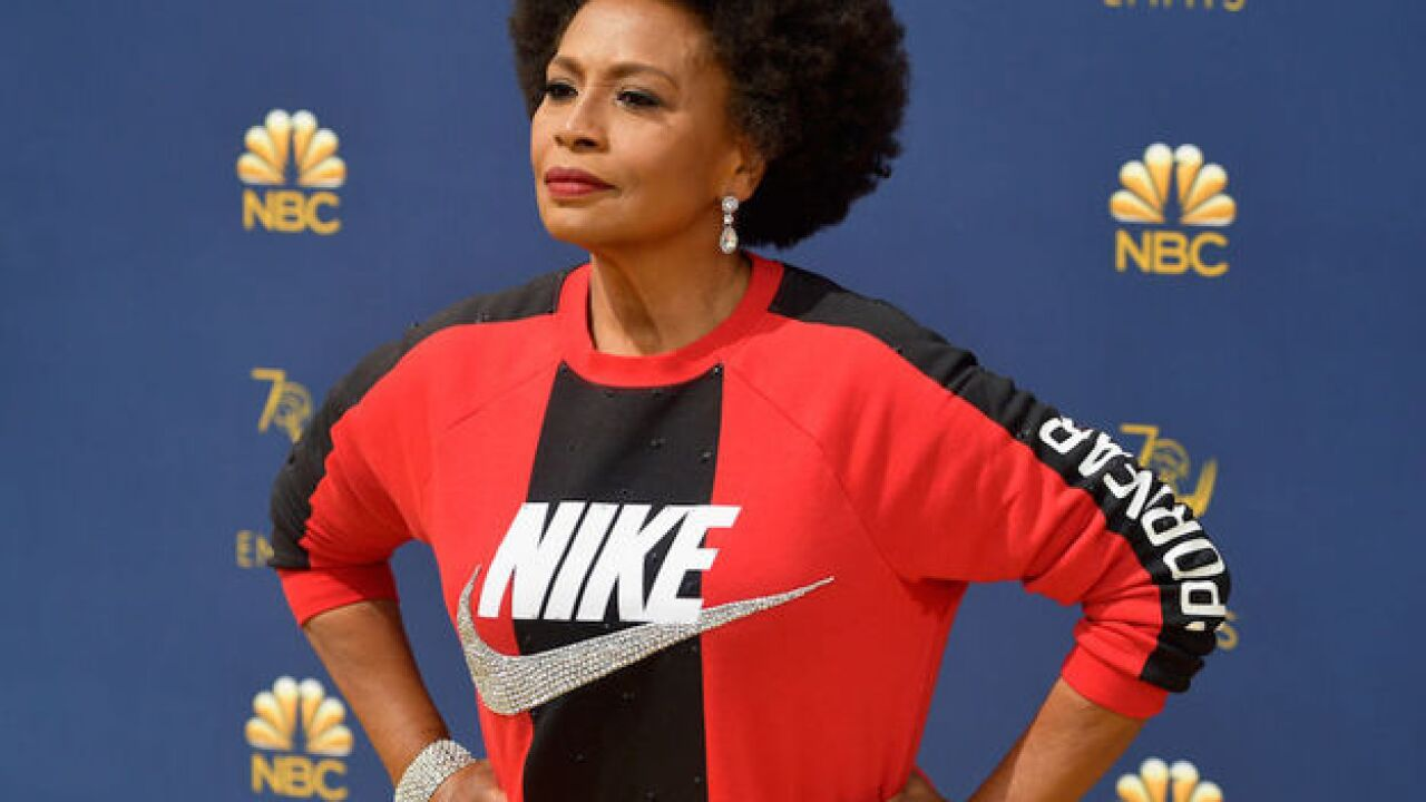 'Black-ish' star Jenifer Lewis wore Nike on the red carpet to support Colin Kaepernick