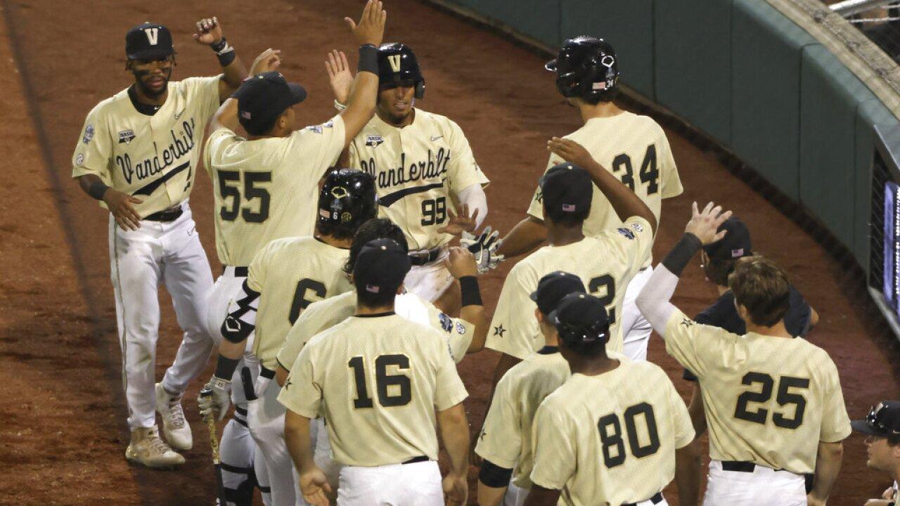 CWS Mississippi St Vanderbilt Baseball