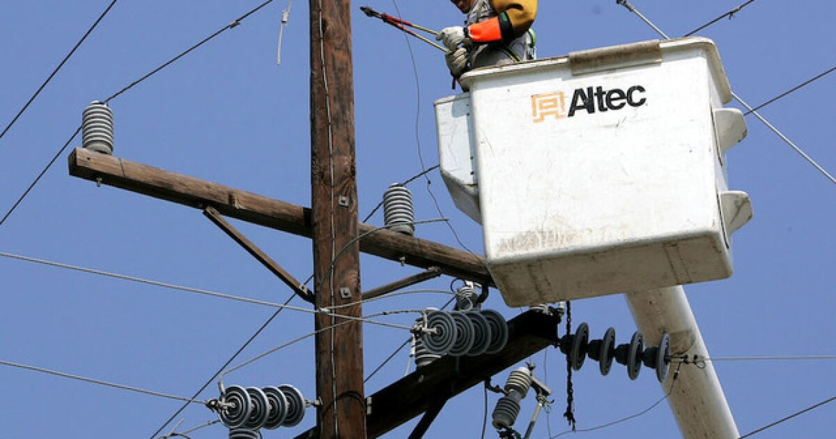 Where do Tampa Bay communities stand in undergrounding power lines?