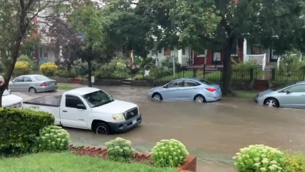 Flash flood emergency issued for Washington D.C. metro area