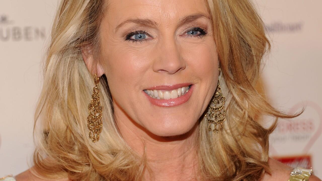 Viewer Spots Cancerous Lump On Tv Host S Neck Deborah Norville To Have Nodule Removed