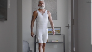 Robotic clothing could soon improve mobility for seniors