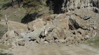 Video extra: Rockfall in Stillwater County