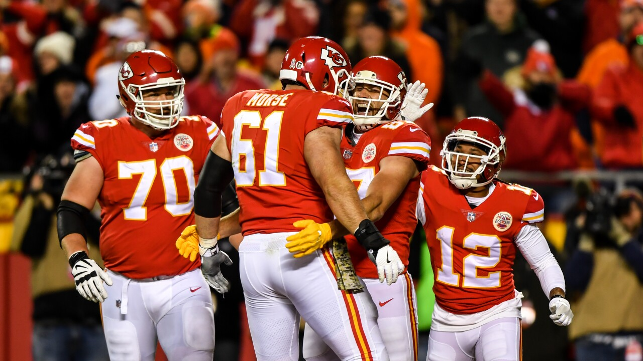 size 40 e496c ffc39 Report: Chiefs free agent Mitch Morse to sign with Buffalo Bills