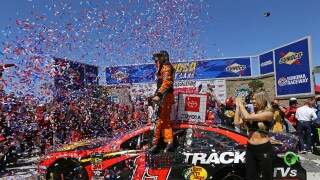 Martin_Truex_Jr_Monster Energy NASCAR Cup Series Toyota/Save Mart 350