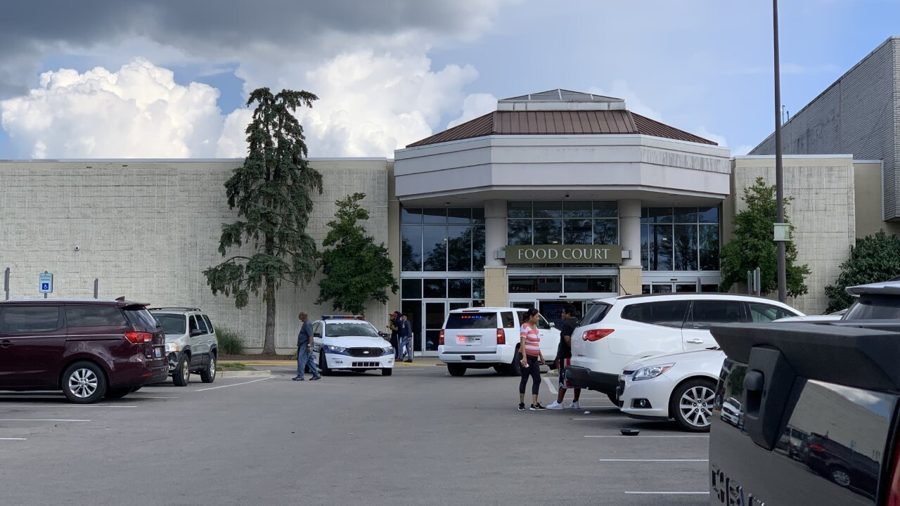 Police respond to shooting at Kentucky mall, not an active shooter incident
