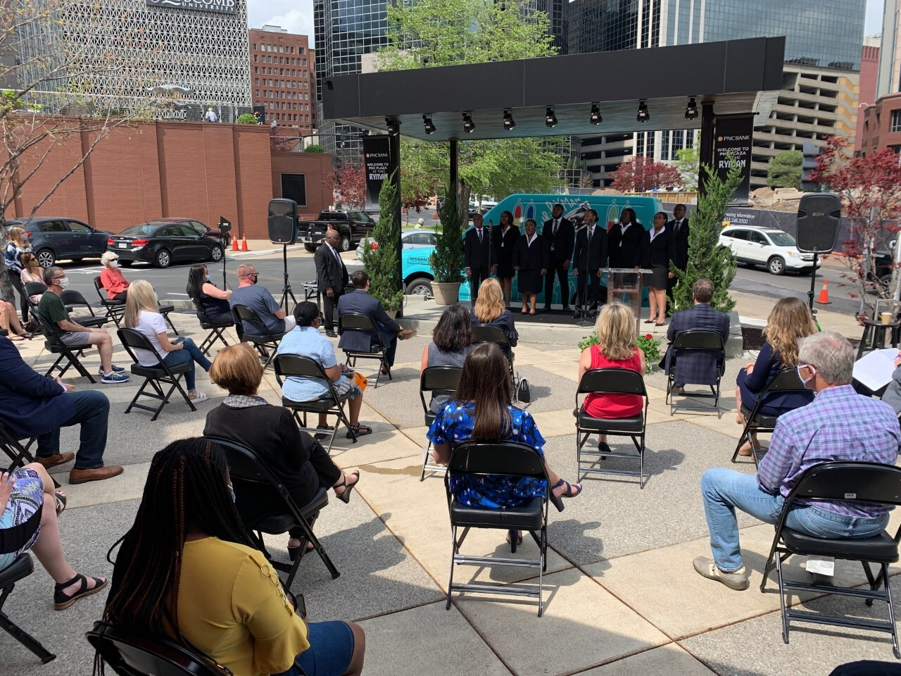 fisk jubilee singers perform at pnc plaza