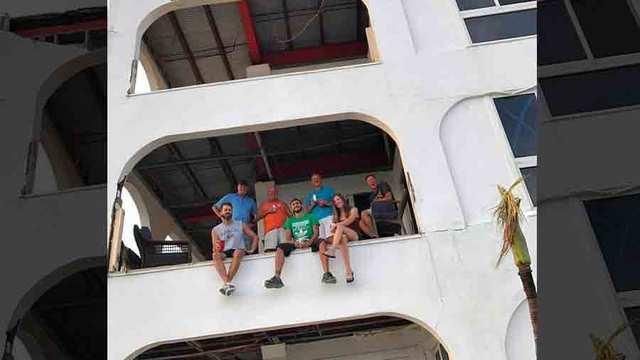 Photos: Nashvillians Stuck On Island After Irma