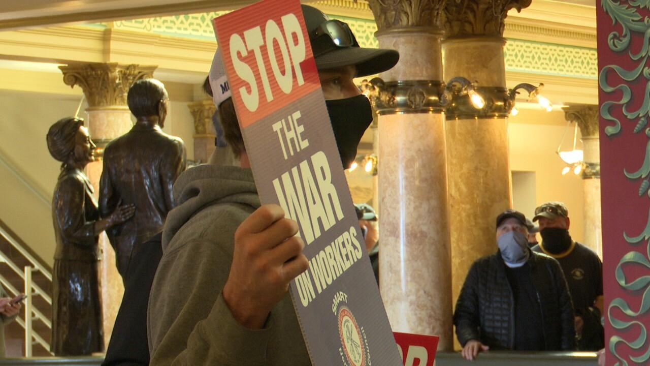 Union Bill Opponents 2.jpg