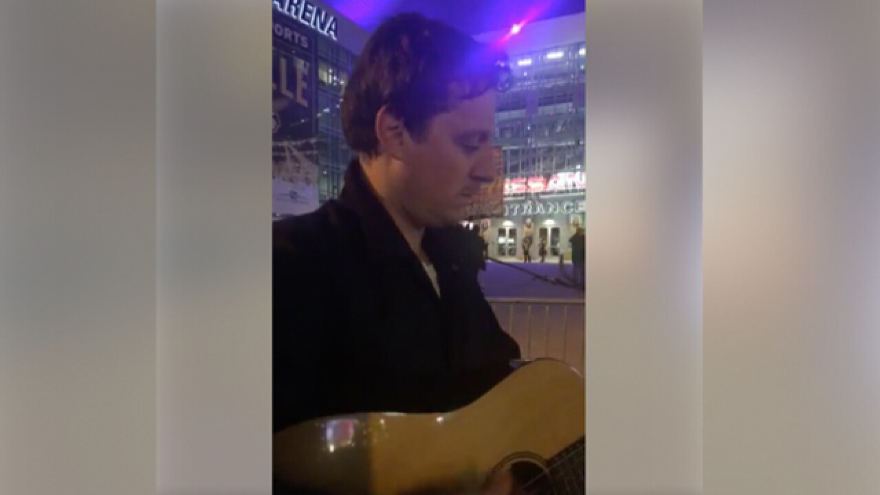 Sturgill Simpson busks outside CMA Awards show