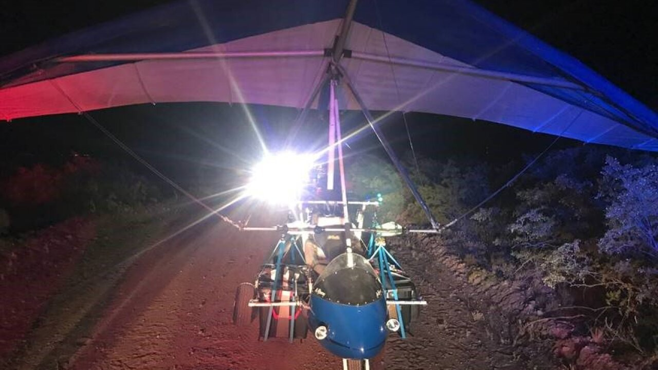 Ultralight aircraft carries drugs