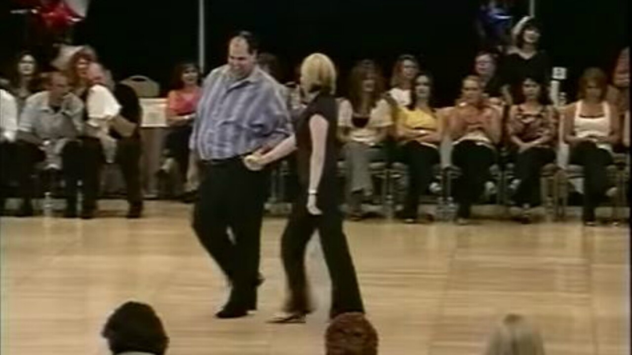 VIDEO: Couple walks onto dance floor and blows away competition