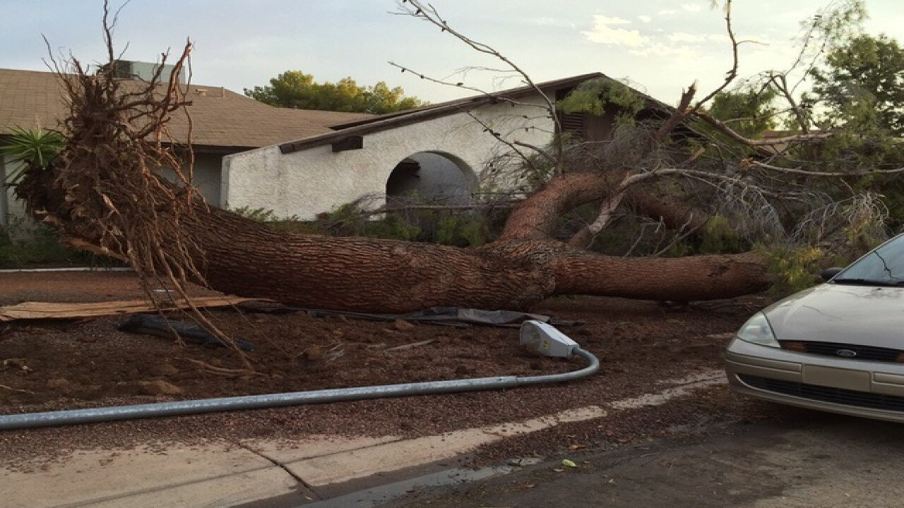 1000s without power as monsoon storms move in