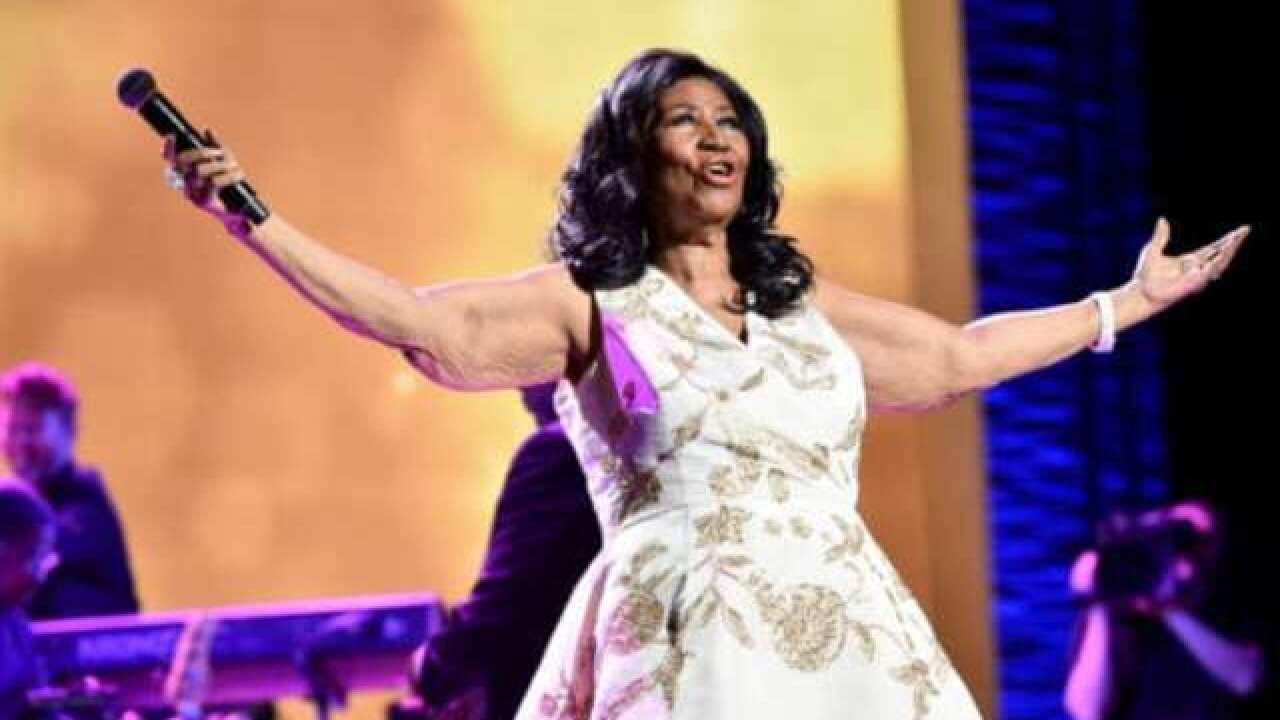 Aretha Frankiln's stage dresses, accessories up for auction