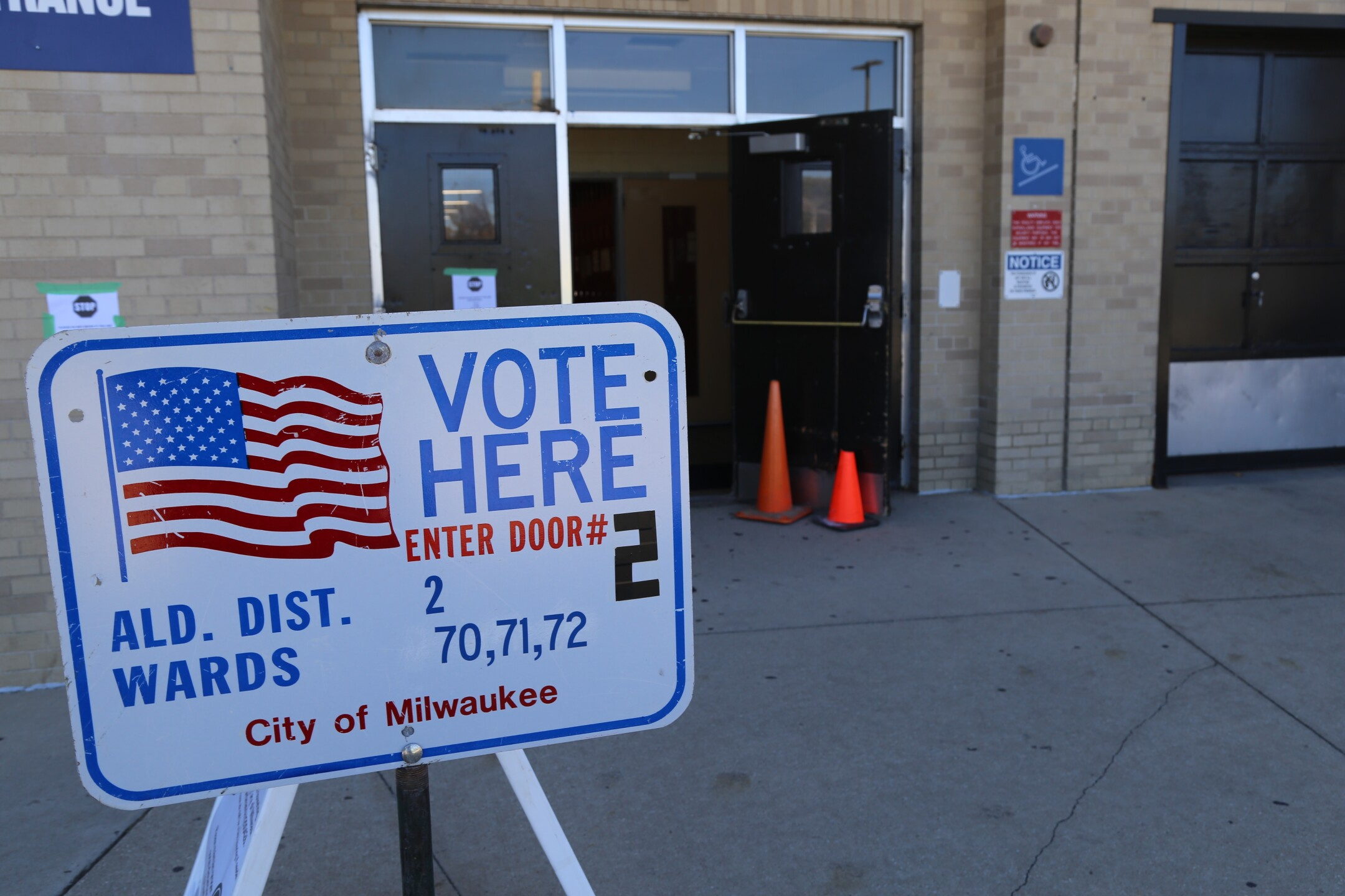 Vote Here Sign at Milwaukee Marshall HS.JPG