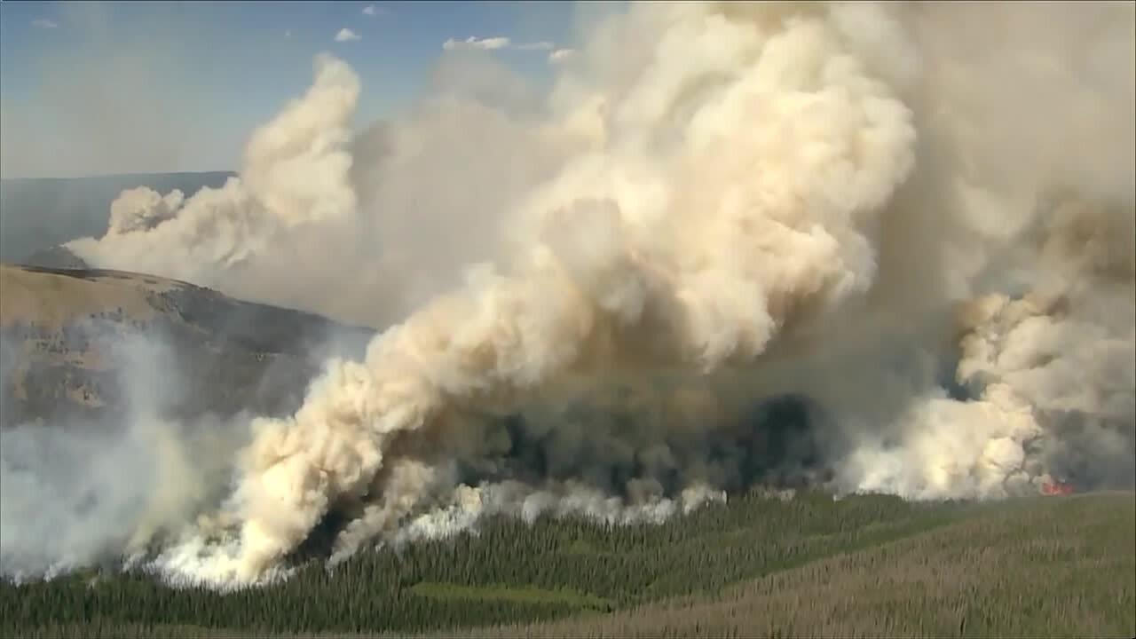 Mandatory evacuations ordered in Cameron Peak Fire