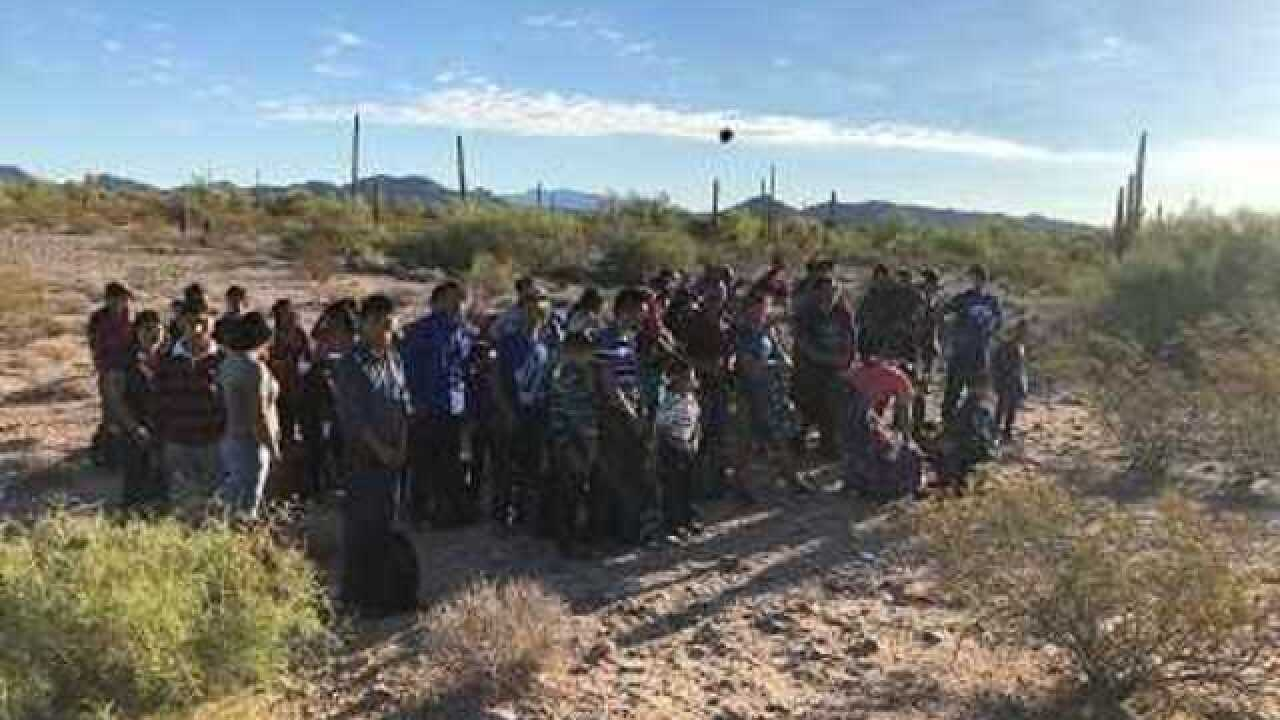 Agents arrest 264 immigrants in 24-hour span