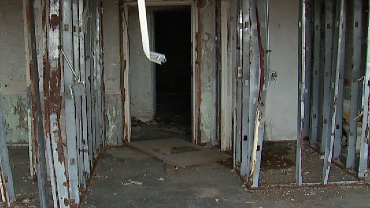 E. CLE residents fed-up with vacant apartment