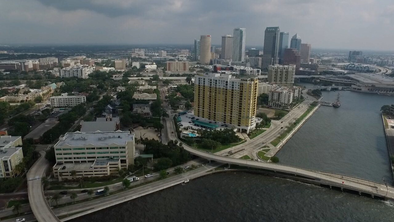 Tampa skyline picture