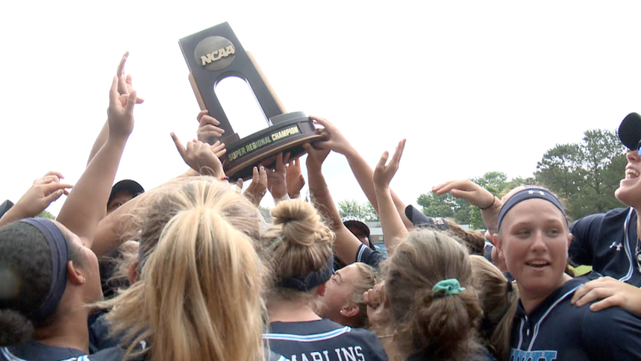 Virginia Wesleyan softball completes Super Regional sweep, advance to DIII College World Series