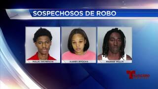 Arrestan a trío sospechosos de robo en sucursal Sprint