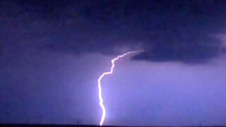 Six common myths about lightning
