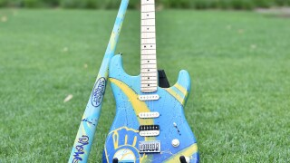 Brewers Bat and Guitar 2