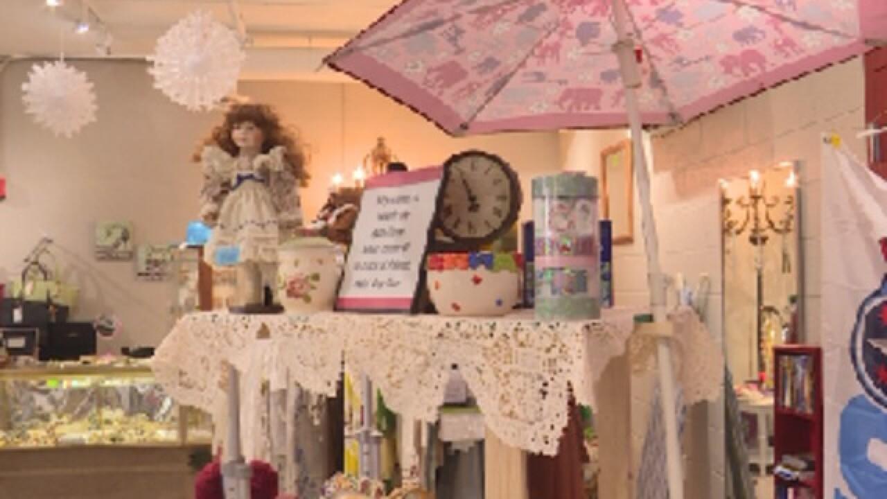 Clarksville Senior Center opens new thrift store