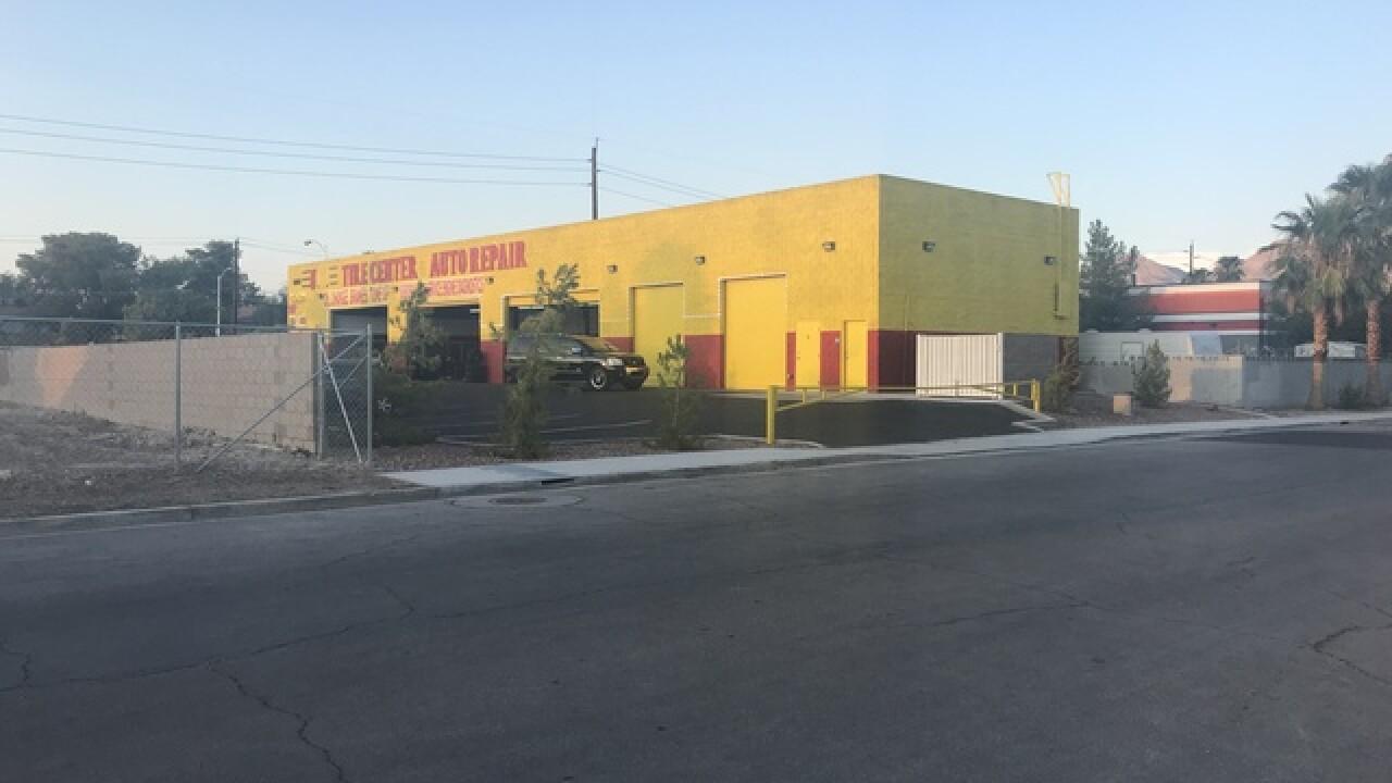 Neighbors tired of Las Vegas tire shop's lights
