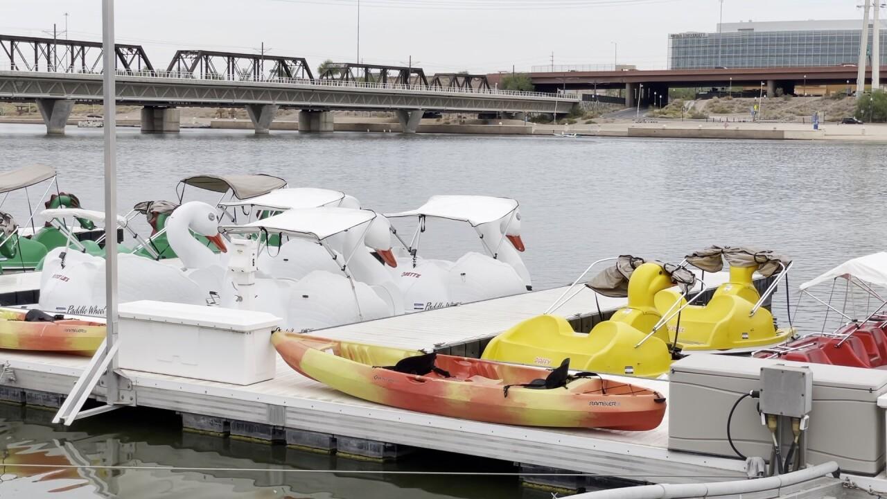 Tempe Donut Boats 4.jpg