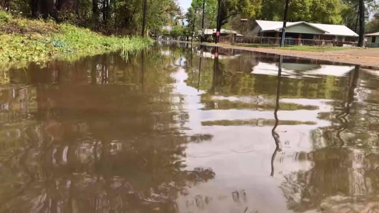 Ville Platte roads flooding.jpg