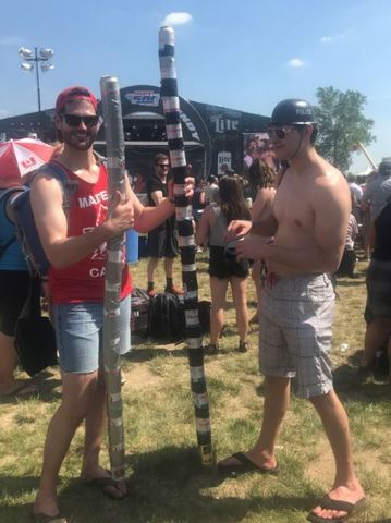 PHOTOS: The weird, the wacky and everything else that makes up Carb Day fashion