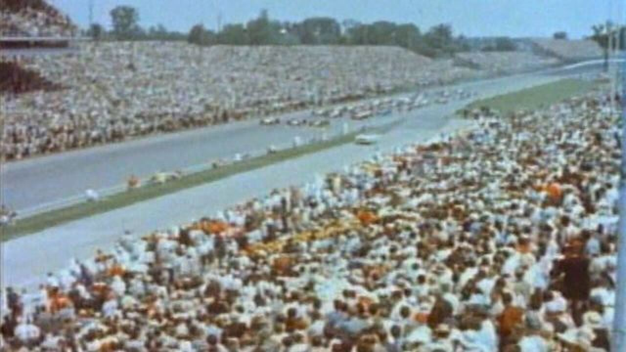 1964 500: Foyt wins again, tragedy stops race