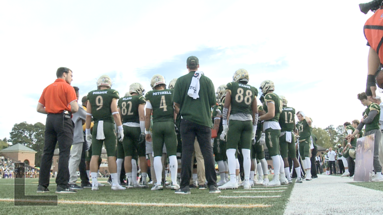 William & Mary football falls to Maine despite comeback attempt late in the game, 34-25