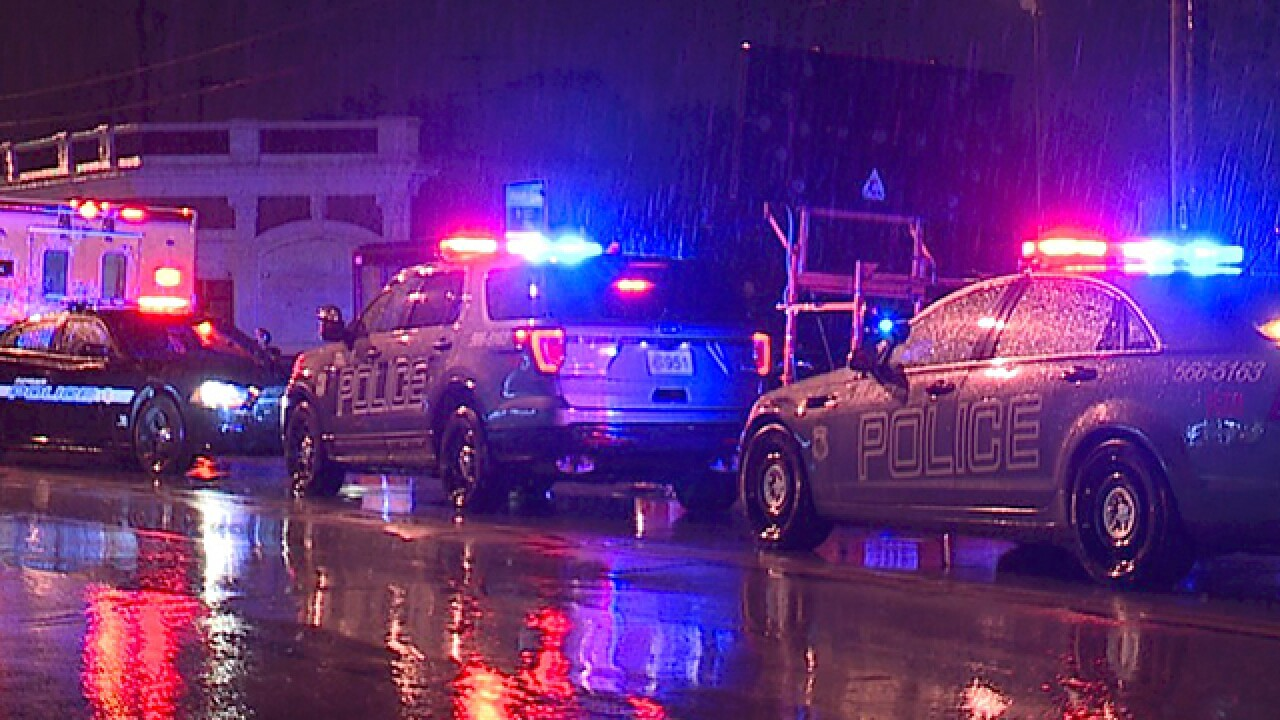 Man found fatally shot at Cleveland bus stop