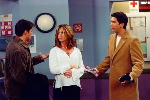 25 years after TV debut, 'Friends' will appear on the big screen