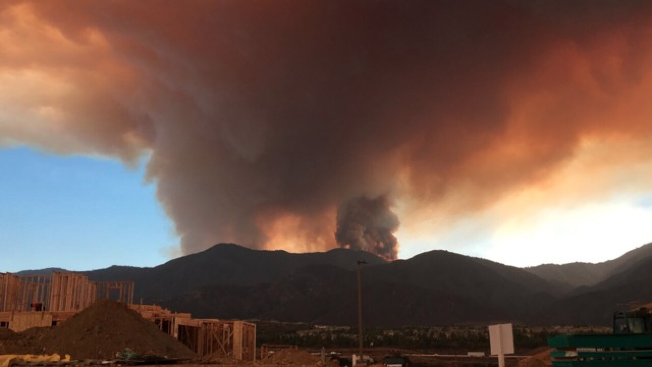 Holy Fire prompts air quality warnings as smoke spreads Brush Fire Temecula Map on california map, vail lake resort map, 1000 palms map, canyon crest map, inland empire map, mt. baldy map, mission gorge map, fallbrook map, murrieta map, redlands map, anza-borrego desert state park map, area code 951 map, palm desert map, bankers hill map, mt laguna map, desert cities map, riverside map, new york city map, snelling map, san diego map,