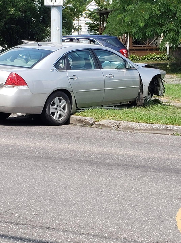 Niles police chase crash.jpg