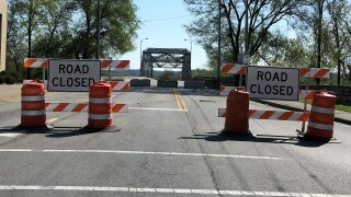 4th Street Bridge Closed_April2020.jpg