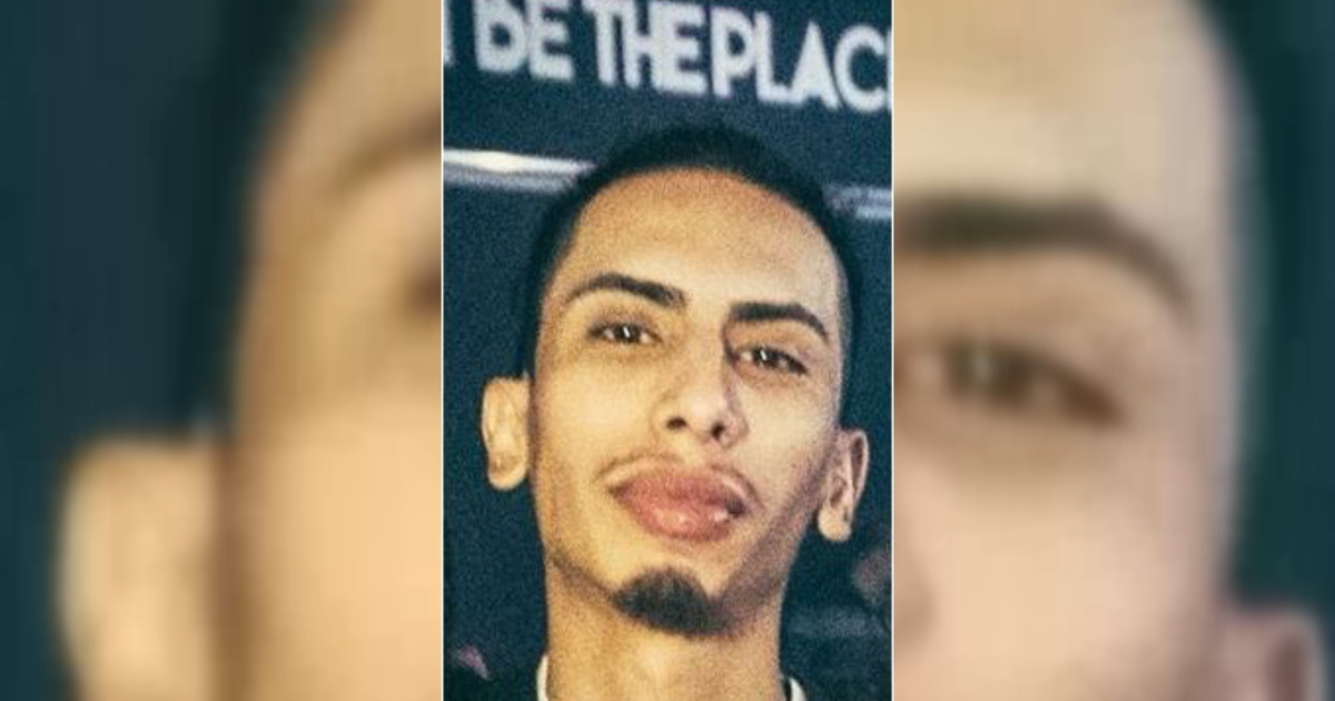 Police search for man who went missing near the time of the East River incident