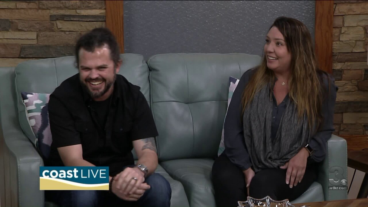 Country music news with Cash and Carly on CoastLive