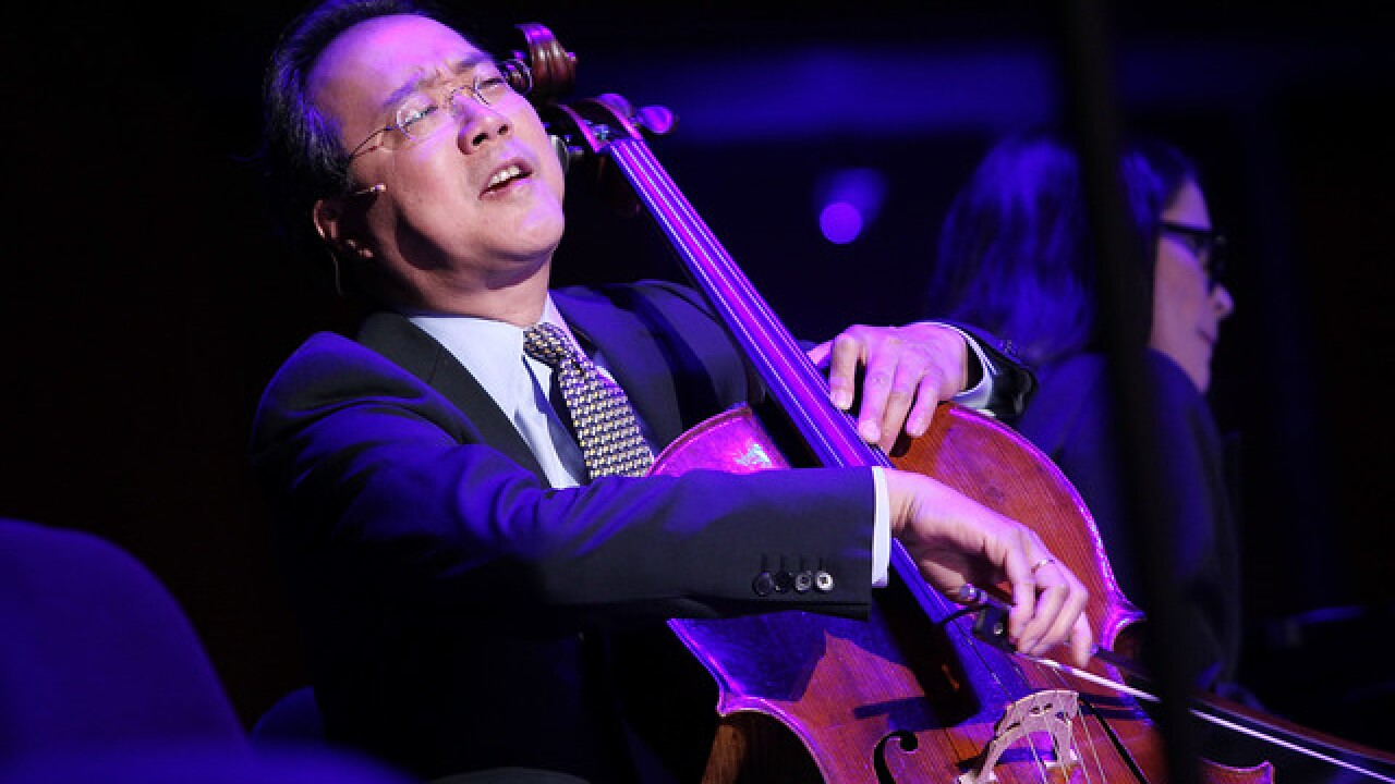Yo-Yo Ma performs special, impromptu concert for Turpin siblings