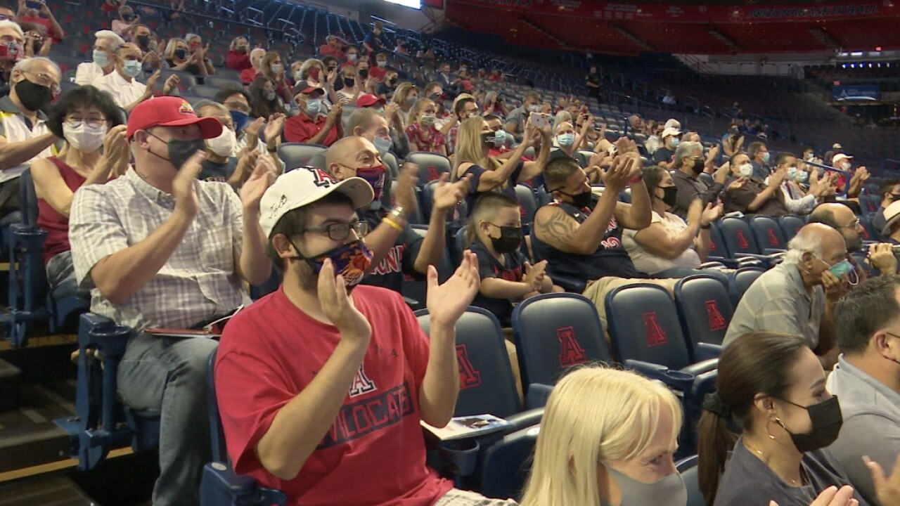 Fans pay tribute to Lute Olson.jpg
